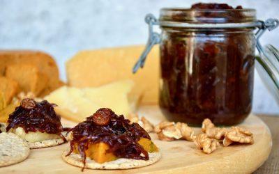 Onion Chutney with Raisins