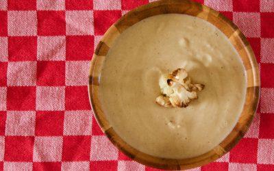 Garlic Roasted Cauliflower Cream Soup