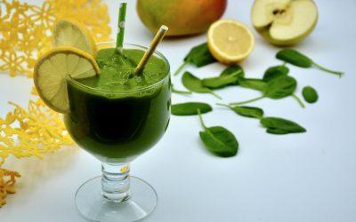 Lemony Mango with Spinach Smoothie