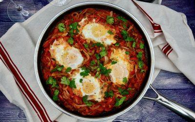 Menemen – Turkish Eggs and Peppers Breakfast
